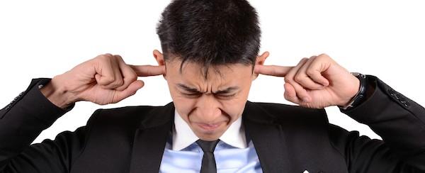 耳鳴りの原因はストレスかも?心を軽くする7つの対策
