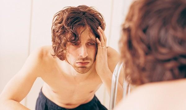 アルコールからくる頭痛をスッキリさせる5つの方法
