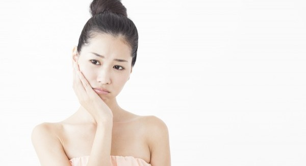 ニキビ跡を1ヶ月で解消できる化粧水を使う7つのコツ