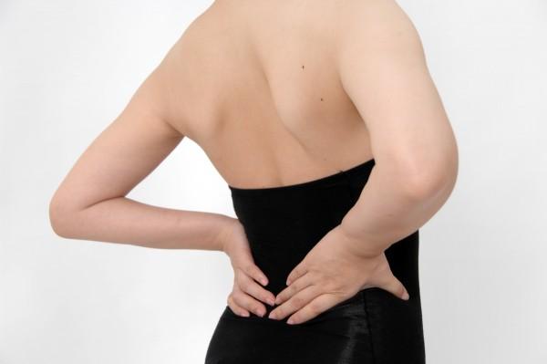 【部分筋トレ】女性の背中を綺麗に作る7つのメニュー