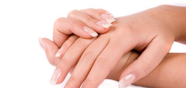 指が腫れるのはどんな時?7つの考えられる病気の種類