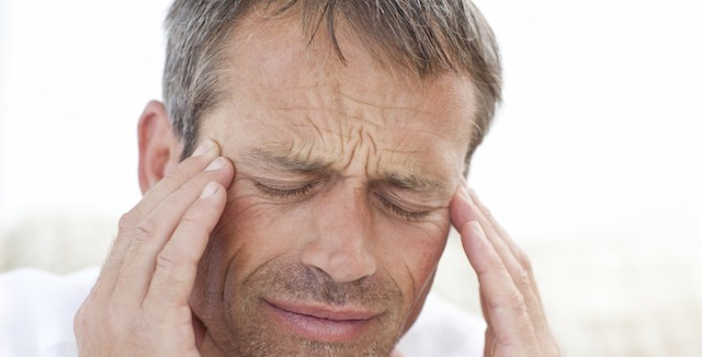 高血圧が原因で頭痛がたびたび起こる場合の対処法とは?