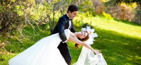 結婚年齢の理想と現実☆男女別に比較してみました!