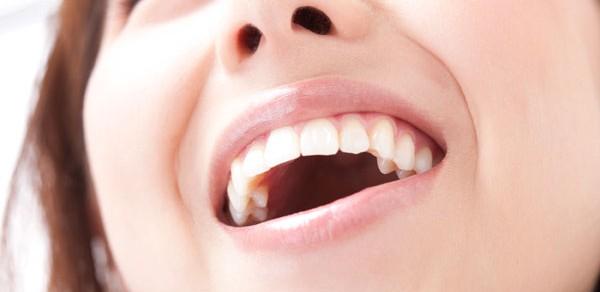 口臭の種類でわかる、疑うべき7つの病気