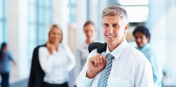 定年延長と再雇用の違いは?気をつけるべき7つの問題点