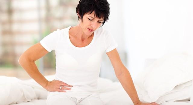 腰痛と吐き気が同時に襲ってきた!可能性のある7つの病気