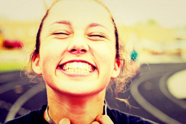 笑顔の効果で運命を変える!自分も周りも幸せになれる秘密
