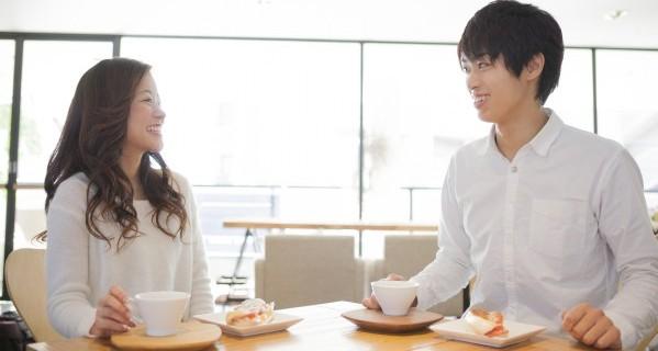 女性心理を理解して、 心を開かせる日常会話の運び方