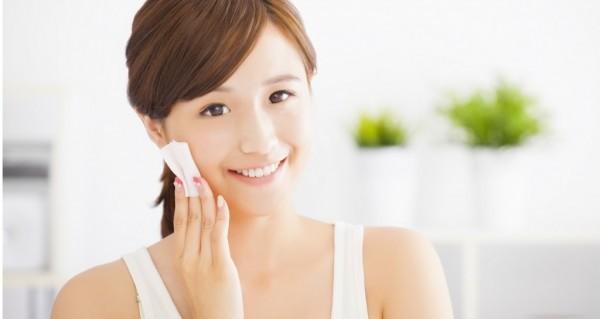 日焼けした肌を白くする方法で気になる悩みを解消するヒケツ
