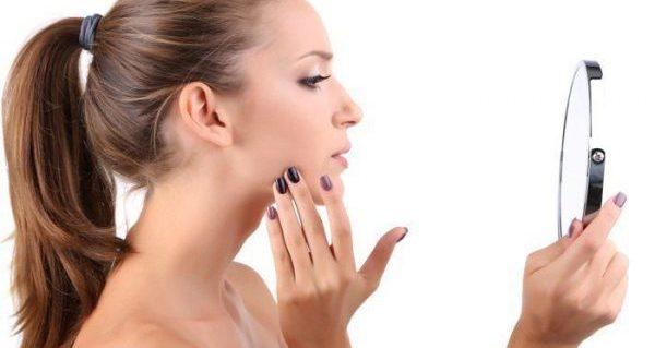 生活習慣をチェックして肌が汚い原因をつきとめる方法とは