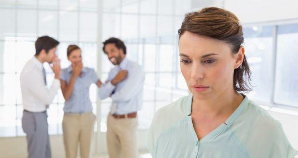 コミュ障の治し方を学んで長年の悩みを解消する方法