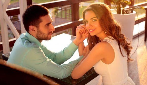 彼氏の嫉妬に悩む人が学ぶ、男性心理の5つのポイント