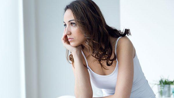 彼氏を信じられないときに読む、不安を解消する5つの方法