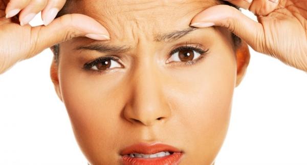 眉間のシワができないようにする5つの生活習慣