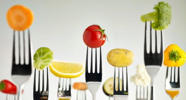 肌荒れに悩んだら読む、自然治癒力を高める5つの食べ物