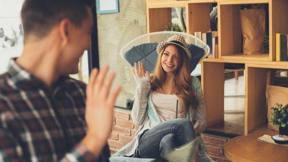気になる人の態度から相手の気持ちを読み解く5つのポイント
