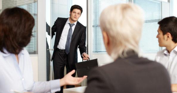 仕事できない人の特徴を理解して活躍する人材を見抜くコツ