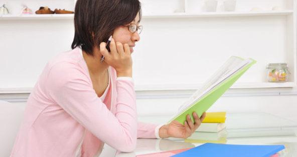 アナウンサーの話し方を学んで、仕事に役立てる5つの方法