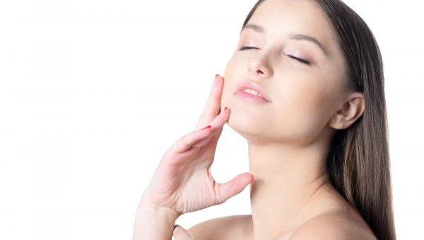 アラフォーのお肌の悩みを解決する5つの方法