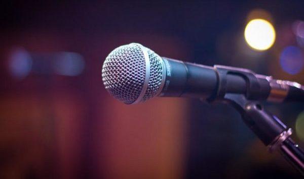 スピーチ直前の辛い緊張を和らげる5つの術