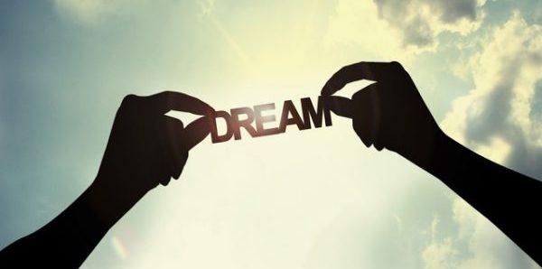 引き寄せの法則を実践して夢を叶える為に必要な事
